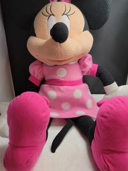"Disney Minnie Mouse Plush 20"" for Sale in Tacoma,  WA"