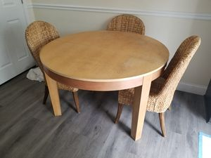"48"" round kitchen table, 4 chair plus 1 leaf for Sale in North Potomac, MD"