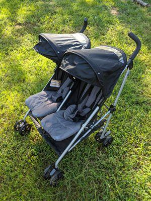 Evenflo Minnow Twin Double Stroller for Sale in Woodbridge, VA