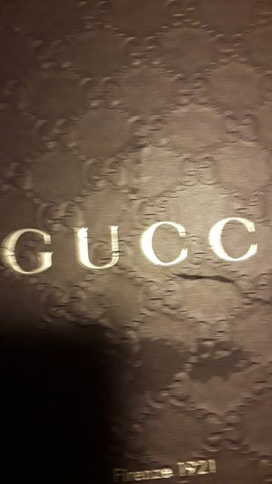 Size 6 Gucci sneakers ! for Sale in Walnut Creek, CA