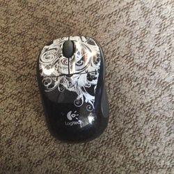 Logitech Wireless Mouse for Sale in Spokane,  WA