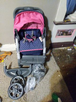 Baby stroller for Sale in Saint Joseph, MO