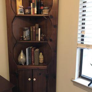 Corner Bookshelf for Sale in Atlanta, GA