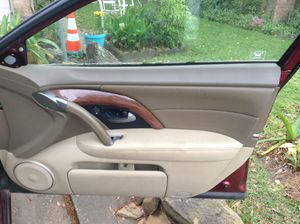 ACURA RL 2005 PASSENGER DOOR PANEL COMPLETE WIYH ACTUATORS for Sale in Pearland, TX