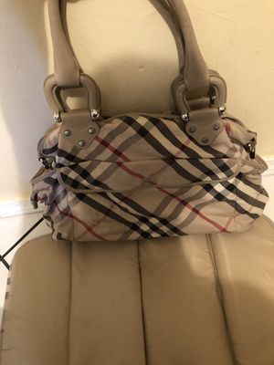 Burberry bag for Sale in South El Monte, CA