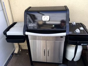 Weber Spirit BBQ Grill in good condition for Sale in Irvine, CA