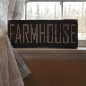 Distressed Farmhouse Sign for Sale in South Brunswick Township, NJ