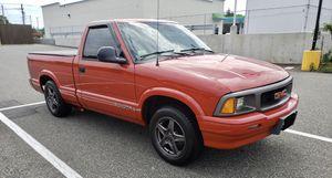 1995 GMC Sonoma SL 2.2L 5-speed for Sale in Hartford, CT