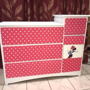 Brand new minnie mouse 5 DRAWERS DRESSER for Sale in Pomona, CA