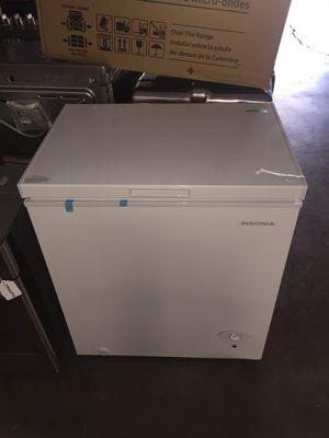 Insignia chest freezer for Sale in San Luis Obispo, CA