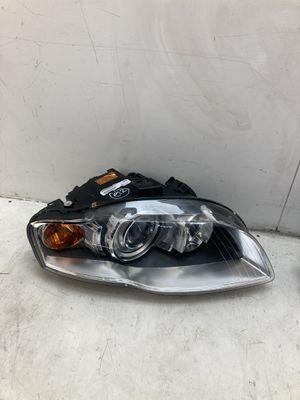 For 2005 - 2008 Audi A4 s4 right passenger headlight lamp xenon hid for Sale in Pomona, CA