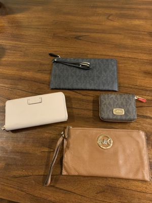 Michael Kors and Kate Spade wallets and wristlets for Sale in Chicago, IL