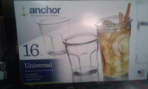 16 piece glassware set by Pyrex for Sale in St Louis, MO