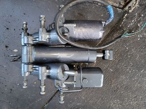 Yamaha trim and tilt assy 150 175 200 hp 2 Stroke Outboard for Sale in Miami, FL