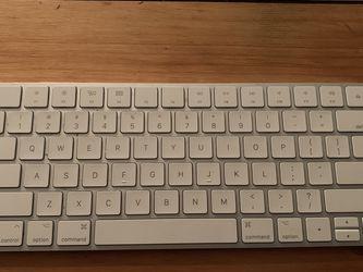 Apple Magic Keyboard 2 for Sale in Seattle,  WA