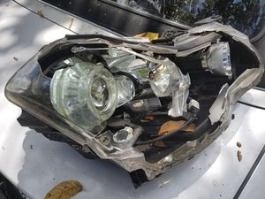 2006-2010 Infiniti m35 headlight parts for Sale in North Miami, FL