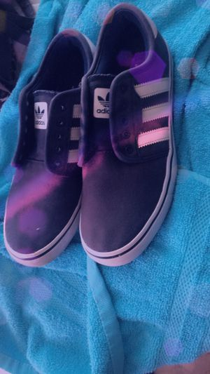 Size 7 adidas barely used for Sale in Menifee, CA