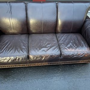 Espresso Leather Couch In Great Condition!! for Sale in Vancouver, WA