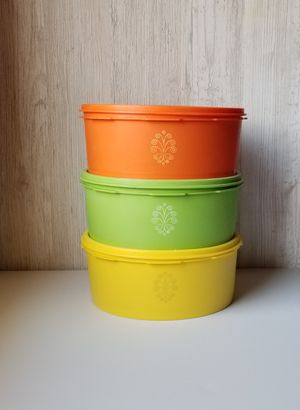 Vintage Tupperware ~ set of 3 colorful containers for Sale in Fontana, CA