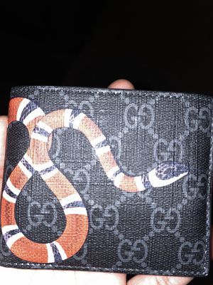 Gucci supreme kingsnake wallet original for Sale in Riverdale Park, MD