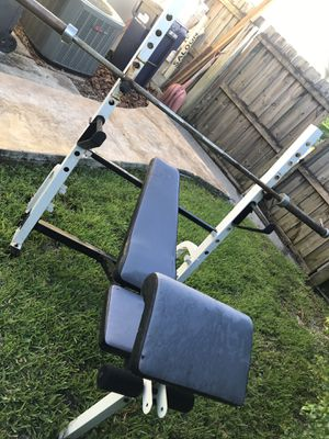 Olympic weight bench. for Sale in Miami, FL