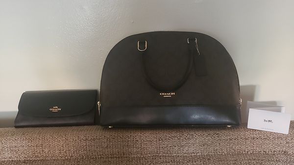 Coach sig Sierra purse with matching wallet