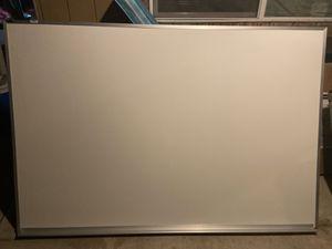 6 ft white board for Sale in Modesto, CA