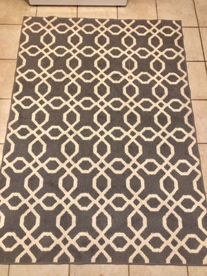 Aria rug for Sale in Richmond, VA