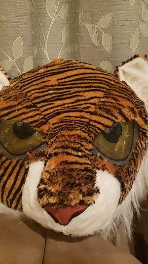 Máscara gigante de tigre nueva for Sale in Los Angeles, CA