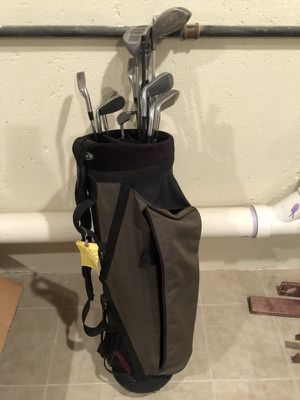 Golf clubs and bag for Sale in Philadelphia, PA