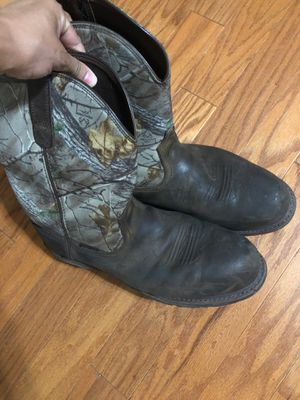Size 13 still toe work boots for Sale in Thomasville, NC