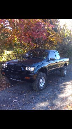 1996 TOYOTA TACOMA 4/4 V6 for Sale in Manassas, VA