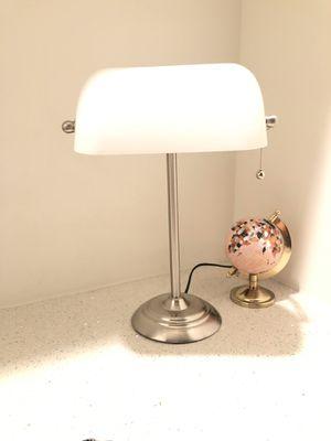 Upscale desk lamp for Sale in Miami, FL