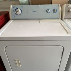 Newer Amana Electric Dryer for Sale in Stockton, CA