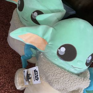 Star Wars The Child Ginormous Cuddle Plush for Sale in Houston, TX
