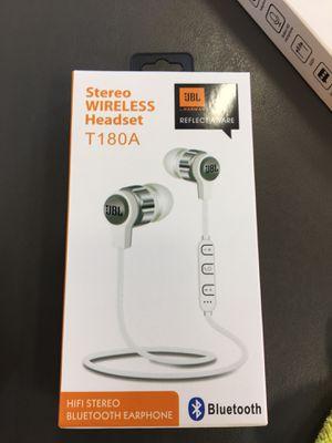 Wireless headphones just for Sale in Los Angeles, CA