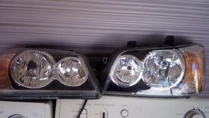 2001 to 2003 headlights Toyota Highlander for Sale in Fontana, CA