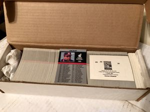 1991 Leaf Baseball card set w/ puzzle for Sale in Zanesfield, OH