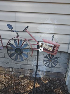 Vintage yard decor for Sale in Indianapolis, IN