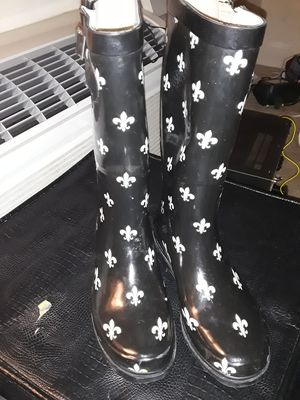 Black and white rain boots for Sale in Washington, DC