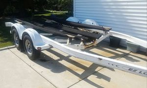 EZ Loader Double axle boat trailer. Needs brakes. Also a Fresh coat of paint and new boards. Had a 26 foot boat on it for Sale in Morton Grove, IL