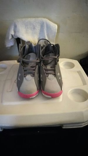 Gray & Pink Jordans for Sale in Philadelphia, PA