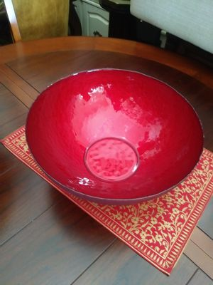 Bowl for Sale in Los Angeles, CA