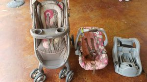 Stroller, car seat, base for Sale in Youngsville, LA