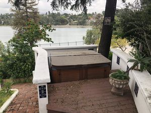 Free hot tub! for Sale in Los Angeles, CA