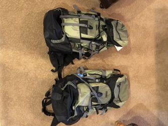 Cabelas Shasta 98L Backpacks for Sale in Phoenix,  AZ
