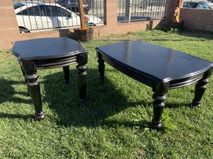 Coffee table and end table for Sale in East Los Angeles, CA