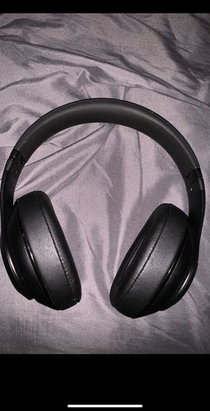 Beats by dre studio 2.0 for Sale in Tulare, CA