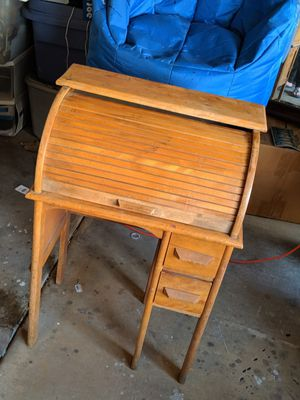 Child's roll top antique desk for Sale in Henderson, NV