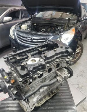 Sonata engine motor hyundai for Sale in Miami Lakes, FL
